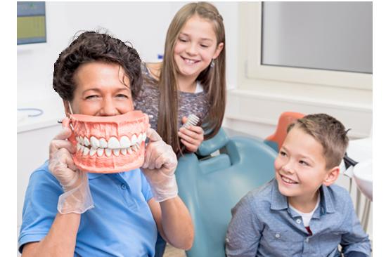 <span>El dentista que</span><br/><span>tus hijos necesitan</span>